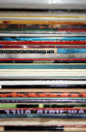 vinyl-spines